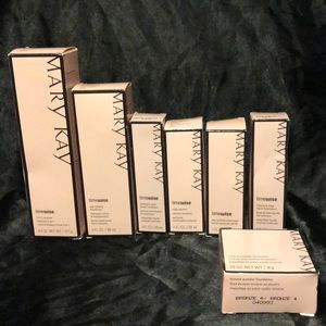Mary Kay Time Wise set and bronze 4 foundations